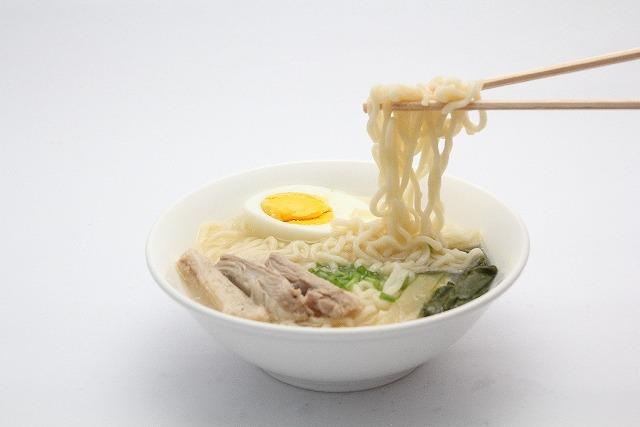 得ワザ!得川コナンが科学の力でインスタントラーメンをモチモチ麺に!