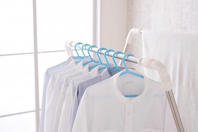 洗濯物が臭い!部屋干しの正しい干し方で臭いを解消しよう!