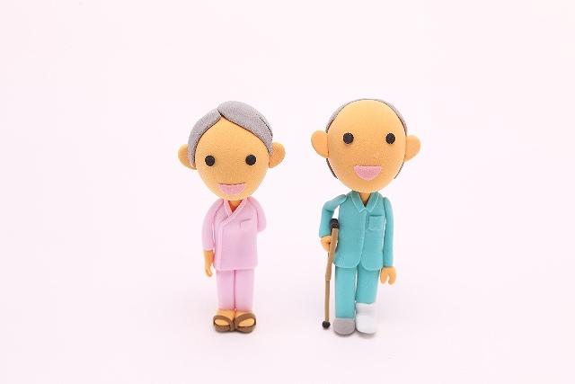 高齢者に多い股関節の骨折に介護保険をなぜ申請する必要がある?