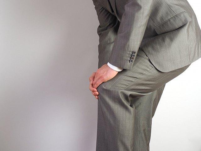 膝の痛みの取り方!名医が教える超簡単な方法とは