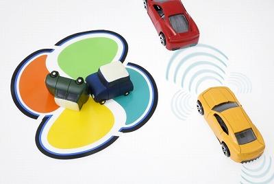 高齢ドライバーの踏み間違え事故。予防安全装備を義務化すべき?