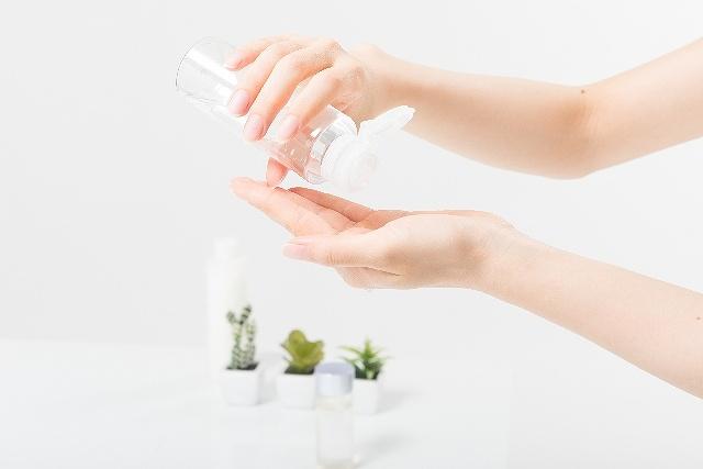 肌を保湿するだけなら安い化粧品のほうがいい!